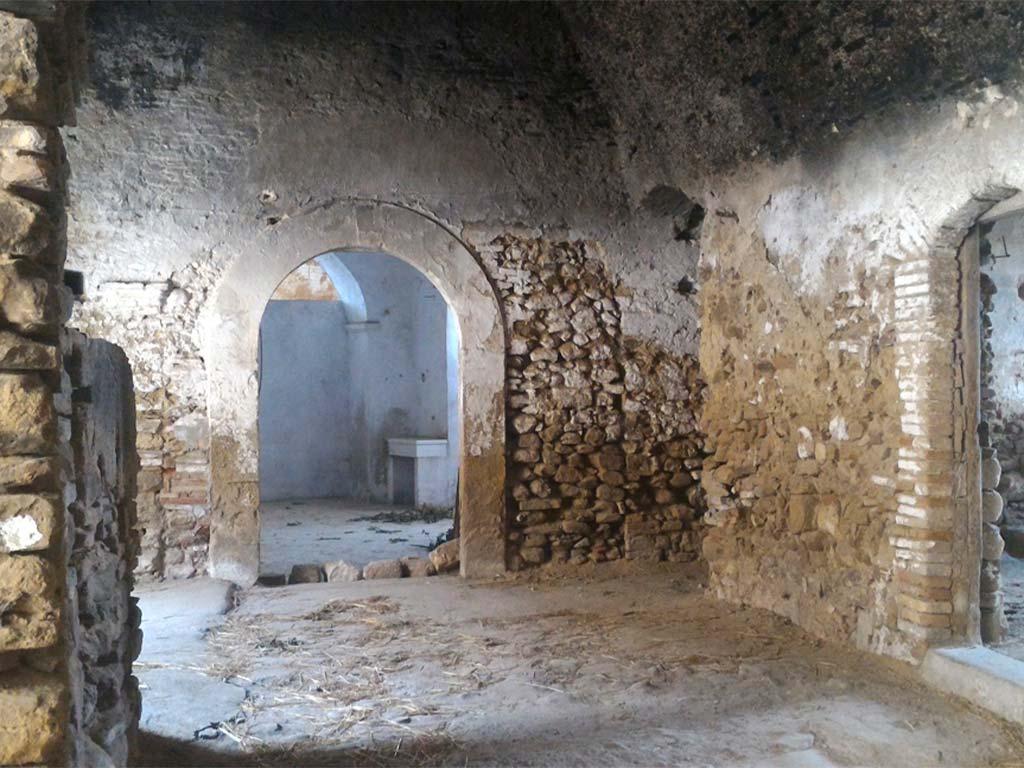 Castello-longobardo-Sichinulfo-Grottole-3-lucana-film-commission-promozione-industria-cinema-audio-visivo-fiction-serie-tv-spot-documentari-basilicata